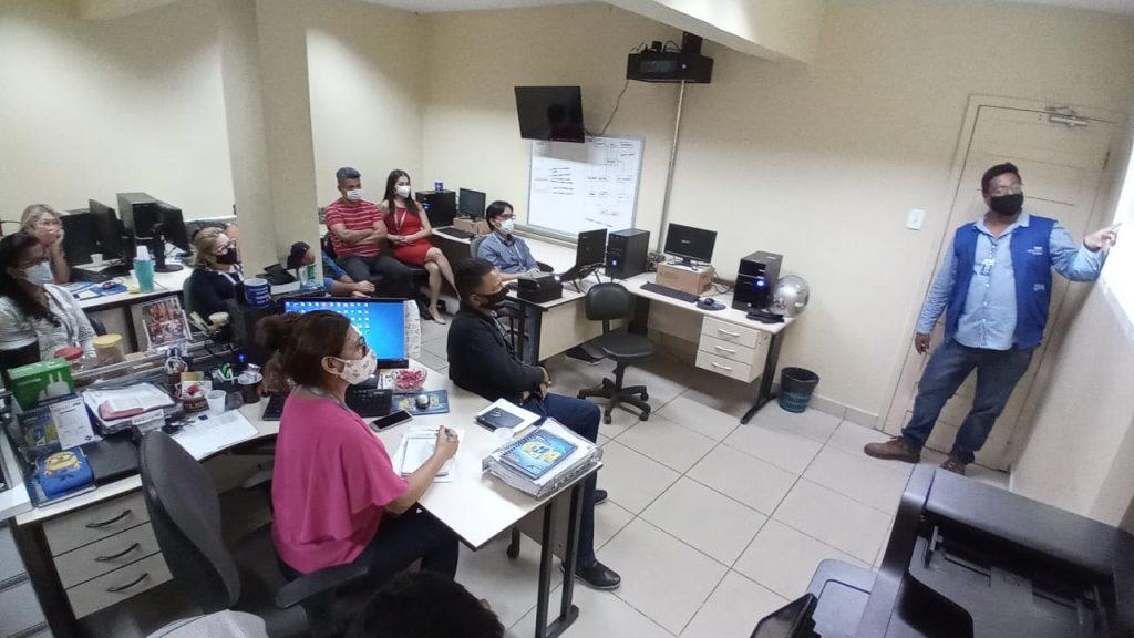 Servidores públicos do IPMB participaram da Oficina de Produção de Relatórios Institucionais ministrada por Derick Cordovil de Castro, chefe de Engenharia da Agência Distrital de Icoaraci (ADIC).